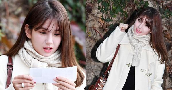 Somi makeup nhẹ nhàng đi thi đại học: Netizen Hàn thẳng thừng ''ném đá'', netizen Việt lại hết lòng bênh vực