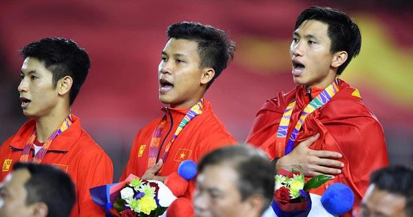 Việt Nam vô địch Seagame, dân mạng Trung Quốc hết lời ca ngợi: ''Bóng đá Việt Nam quá giỏi, ngày càng bỏ xa chúng ta''