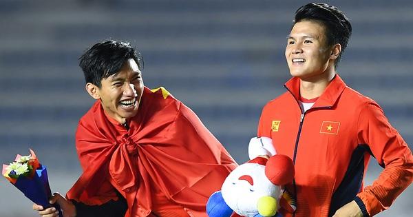 Lần đầu tiên, đoàn thể thao Việt Nam đứng trên Thái Lan kết thúc SEA Games với vị trí thứ hai trên bảng tổng sắp huy chương