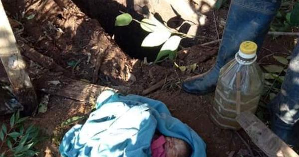 Tình hình hiện tại của bé gái 2 ngày tuổi nghi bị mẹ ruột vứt xuống hố phân sâu 2m: Sức khỏe còn rất yếu, suy hô hấp và nhiễm trùng nặng