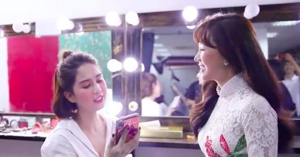 Hết song ca với Chi Pu lại trổ tài cover ''Anh Cứ Đi Đi'' của Hari Won, Ngọc Trinh đang ''lăm le'' debut làm ca sĩ đấy à?