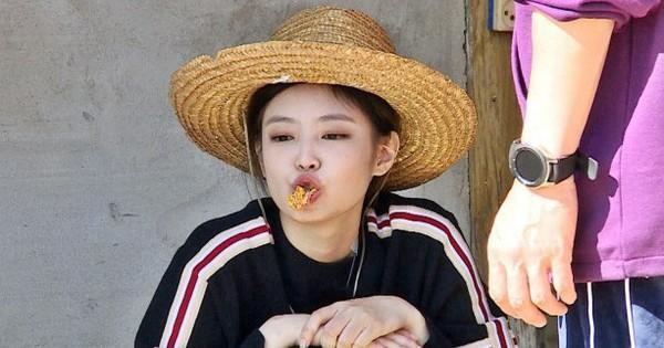 Rời khỏi show thực tế vì bận lịch trình, Jennie (BLACKPINK) liền có động thái đáng chú ý