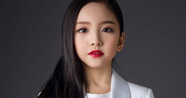Cô em họ mới 10 tuổi của Phạm Băng Băng: Xinh như thiên sứ, còn thần thái đúng chất