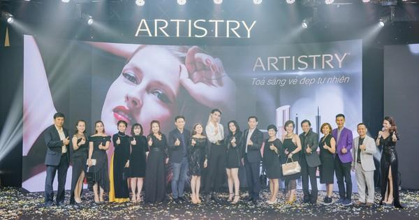 Artistry cùng phụ nữ Việt ''tỏa sáng vẻ đẹp tự nhiên''