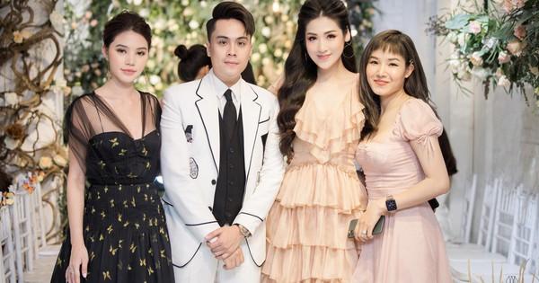 Tú Anh, Jolie Nguyễn xinh đẹp rạng ngời tham dự fashion show ra mắt BST Eternal Garden