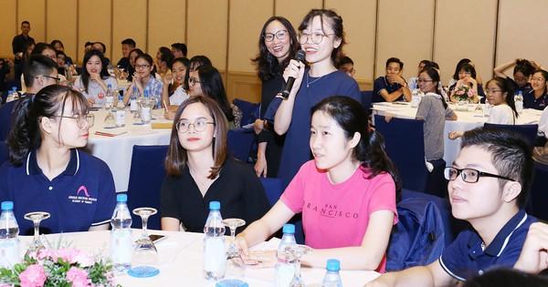 ICAEW tổ chức hội thảo chuyên môn cho học viên với chủ đề ''Tương lai của tiền tệ và ngành kiểm toán''