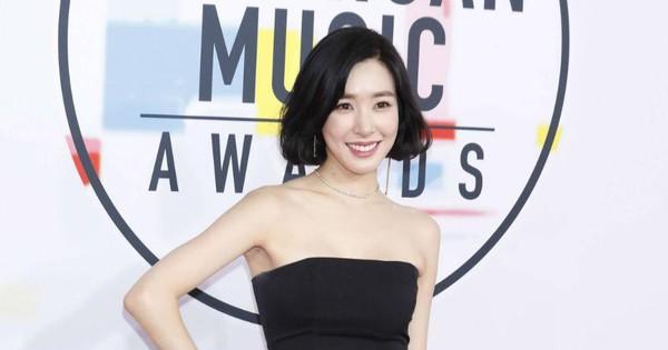 Một thành viên SNSD xuất hiện ở concert Mỹ của Tiffany, góp giọng trong ''thánh ca debut'' khiến fan xúc động
