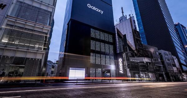 Samsung trả lời câu hỏi ''Tiền nhiều để làm gì'': Dùng 1000 smartphone Galaxy chỉ để trang trí tường cho cửa hàng