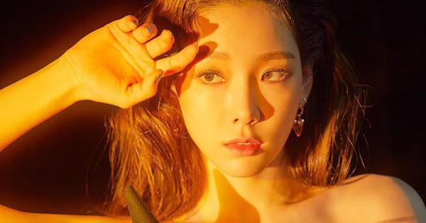 Nhá hàng đến lần 3, Taeyeon mới chịu hát một câu cho fan khỏi nhớ mong