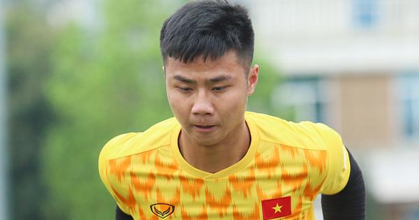 Thủ môn U23 Việt Nam Nguyễn Văn Toản và niềm tin của thầy Cảnh