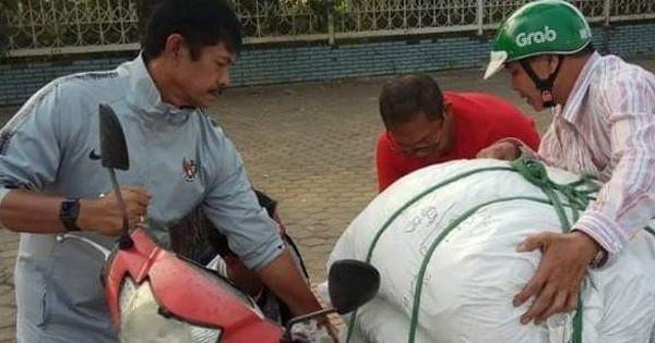 Chỉ một hành động nhỏ, đối thủ của U23 Việt Nam nhận được vô vàn lời khen từ người hâm mộ