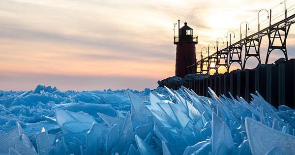 Băng ở hồ Mỹ vỡ thành hàng triệu mảnh, dân mạng băn khoăn: ''Frozen đời thực hay gì?''