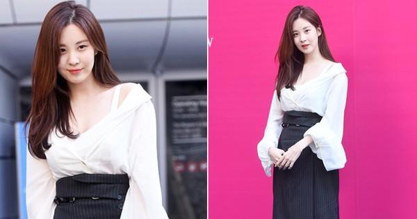 Lên đồ đơn giản nhưng sang, Seohyun tỏa khí chất như đại tiểu thư tập đoàn lớn, lấn át mọi sao khác tại Seoul Fashion Week