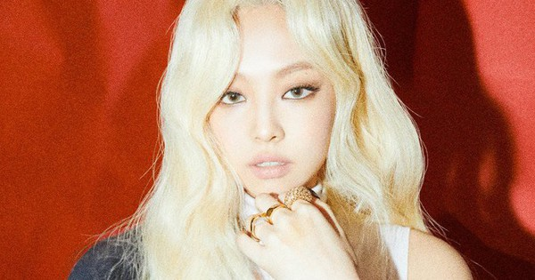 Teaser mới của BLACKPINK: Cứ tưởng Jennie được khen vì tóc bạch kim lồng lộn, ai ngờ dân mạng đồng lòng nhận xét thế này