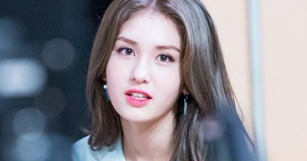 Lộ số phận màn ra mắt solo của Jeon Somi: Có tránh được