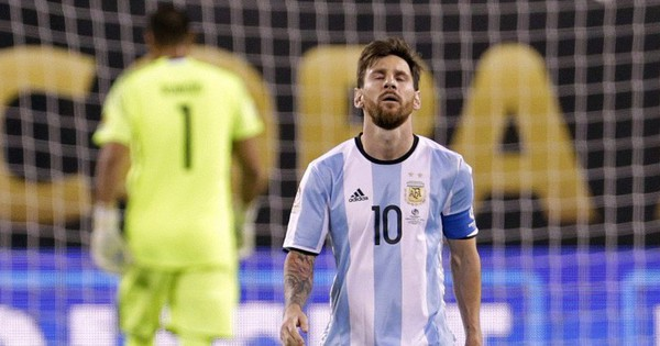 Tất tần tật những điều cần biết về cúp bóng đá Nam Mỹ (Copa America) sẽ bắt đầu vào sáng mai, giải đấu này từng khiến Messi hai lần phải khóc hận
