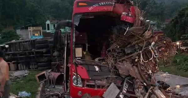 Vụ tai nạn thảm khốc ở Hòa Bình: Xe tải chở nặng chạy quá tốc độ, lấn làn