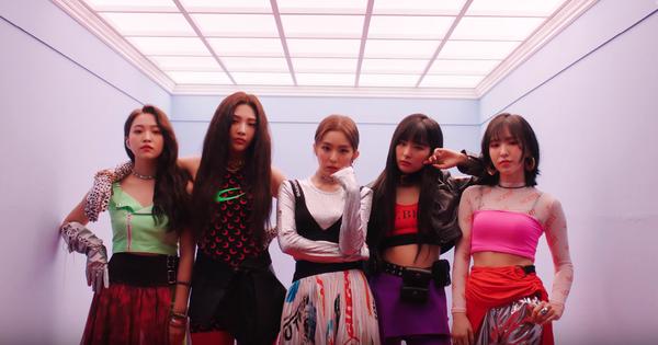 """Red Velvet comeback với MV """"Zimzalabim"""": Nhạc có 1 chi tiết giống BLACKPINK nhưng có đủ sức thành hit mùa hè?"""