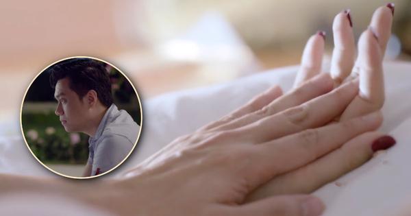 """""""Khéo"""" làm sao, Việt Anh vừa rộ tin ly hôn vợ liền có ngay cảnh nóng trong """"Mê Cung"""" tập 17"""