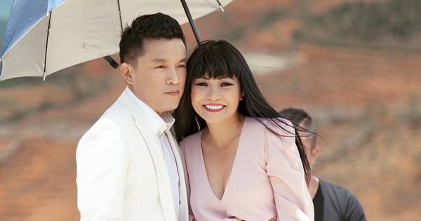 """Nghe lại bản mash-up huyền thoại một thời: Lam Trường và Phương Thanh sau 20 năm vẫn cứ là một """"đôi tri kỉ"""" trong âm nhạc!"""