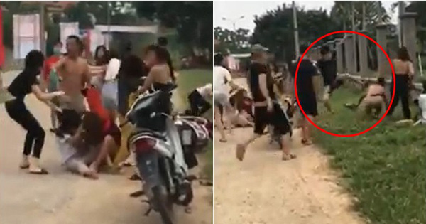 Nhóm nam nữ ẩu đả tơi bời trên đường làng, đánh cả chú trung niên vào can gây phẫn nộ