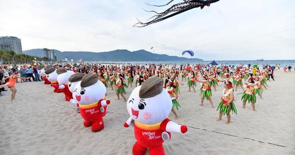 Lễ hội diễu hành ''Summer Parade'' độc đáo khuấy động Đà thành
