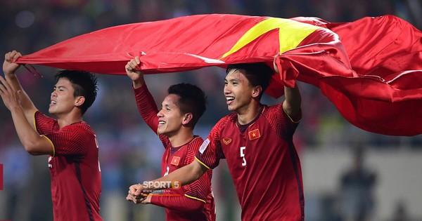 ''Thật khôi hài khi có tới 4 đội Đông Nam Á cùng vào 1 bảng đấu ở Vòng loại World Cup 2022''