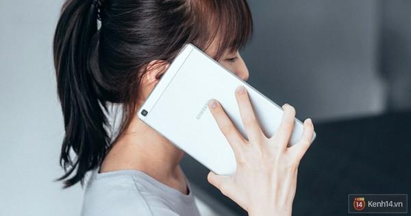 """Nhìn vào hai dòng sản phẩm """"một mình một chợ"""" của Samsung để thấy hãng này thích sự khác biệt đến mức nào"""