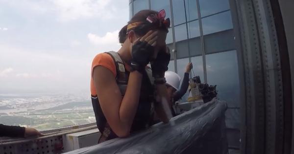Cuộc đua kỳ thú: Minh Triệu, Lệ Hằng ôm mặt trên tòa nhà cao nhất Đông Nam Á