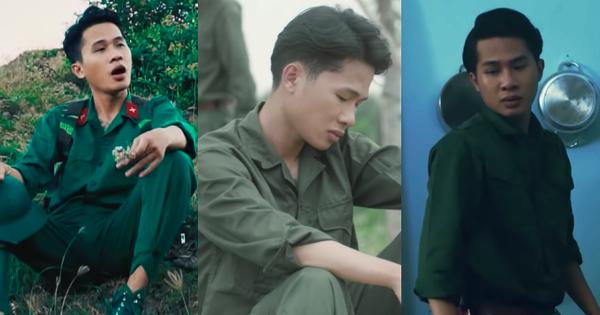 Jack mặc chiếc áo bộ đội quen thuộc trong teaser, MV
