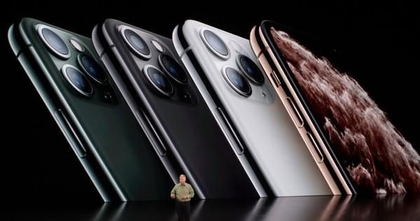 Bộ ba iPhone 11 chính thức đổ bộ: Màu 'xanh bóng đêm' mới ngầu đét, mỗi tội camera trông hơi hài hước