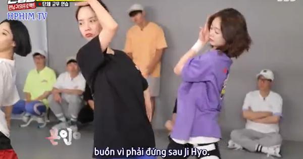 """Ai """"cà khịa"""" hay như Kim Jong Kook: """"Trông Jeon So Min có vẻ buồn vì đứng sau Song Ji Hyo"""""""
