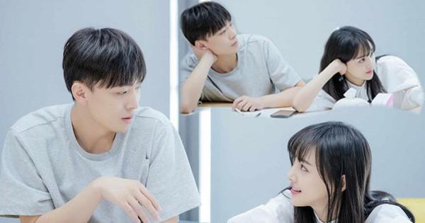 Xem loạt ảnh mới siêu xinh của Trịnh Sảng mới thấy cô nàng càng ngày càng có ''tướng phu thê'' với bạn trai CEO ''rởm''