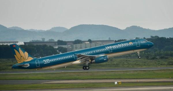 Vietnam Airlines tiếp tục điều chỉnh kế hoạch khai thác do ảnh hưởng của bão Tapah
