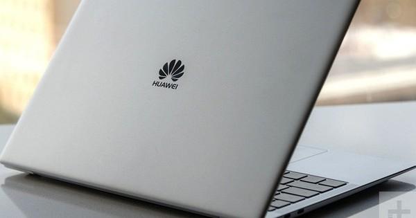Không chịu buông tha, đến lượt Microsoft dừng nhận đơn đặt hàng mới từ Huawei