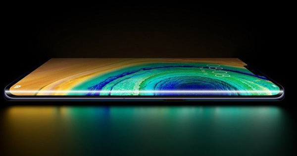 Màn hình ''thác nước'': Tiêu chuẩn mới của smartphone Trung Quốc để chạy đua lại Samsung và Apple