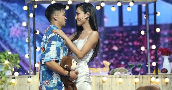 Choáng: Trọng Hiếu quyết định nắm tay Hoa hậu chuyển giới Hoài Sa ra về trên show hẹn hò
