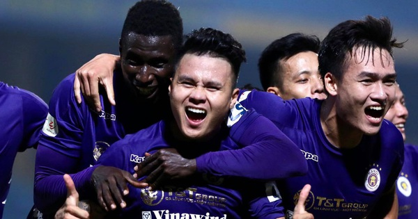 Quang Hải ''nổ súng'' phút cuối giải cứu Hà Nội FC, ăn mừng vỡ oà như đoạt chức vô địch