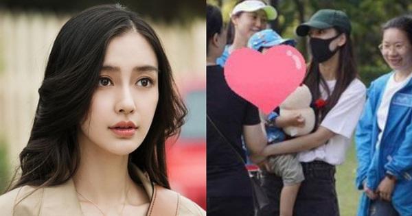 Angela Baby chỉ giả vờ là người mẹ tốt, con trai Bọt Biển Nhỏ thực chất do bố mẹ Huỳnh Hiểu Minh chăm?