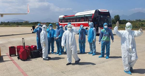 Đà Nẵng đang họp khẩn bàn phương án cách ly 22 khách Hàn Quốc đến từ ''tâm dịch'' Daegu