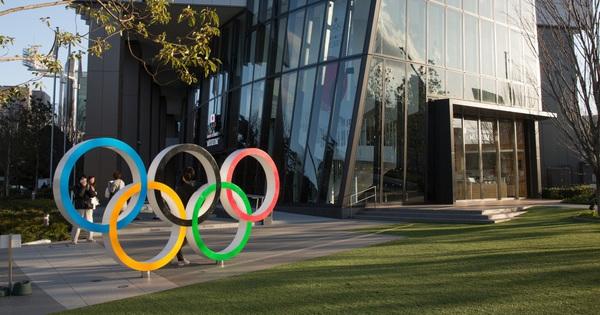 Olympic và Euro 2020 có thể ''toang'' vì Covid-19: Những giải đấu kỳ quái và buồn tẻ nhất lịch sử?