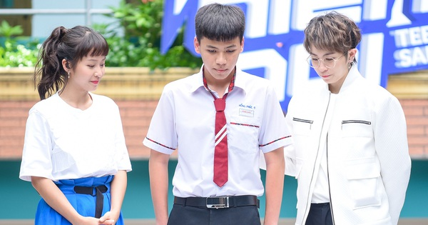 """Dù không được bố chấp nhận, nam sinh lớp 11 dũng cảm """"come out"""" trước cả trường và trên sóng truyền hình"""
