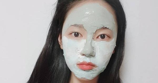 """Tưởng là """"tút"""" lại nhan sắc nhưng 3 loại mặt nạ sau dễ khiến da khô như ngói, chuyên gia khuyên bạn cân nhắc kỹ trước khi dùng"""