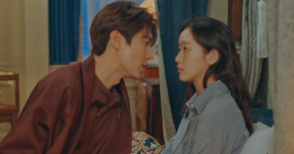 Tập 12 Quân Vương Bất Diệt trả bài cực hot cảnh ''giường chiếu'' của Lee Min Ho: Hết hôn cổ tới luôn bước hạ sinh thái tử?