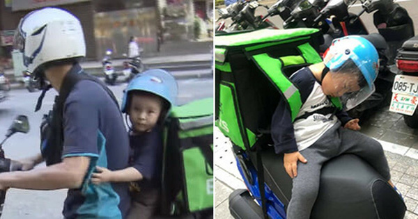 Hình ảnh em bé ngủ gục sau yên xe cùng bố đi giao hàng khắp mọi nẻo đường lay động trái tim cộng đồng mạng