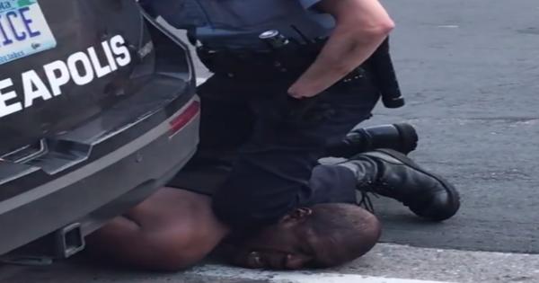 Vụ người đàn ông bị cảnh sát Mỹ ghì chết: Tư thế chẹt gối vào cổ là thủ thuật chí mạng, vốn cảnh sát cũng không được phép dùng
