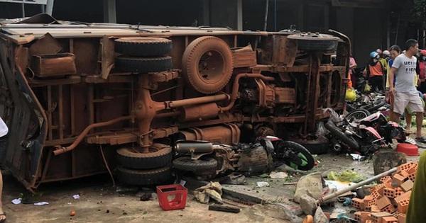 Vụ tai nạn thảm khốc khiến 10 người thương vong: Tài xế xe tải khai gì tại công an?