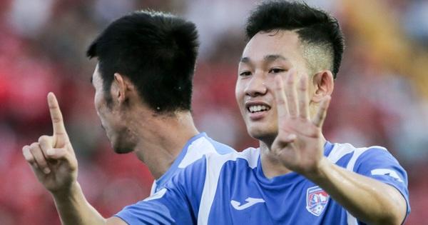 Tuyển thủ U22 Việt Nam sút xa ghi bàn đẳng cấp thế giới tại V.League đàn anh phải bật dậy vỗ tay