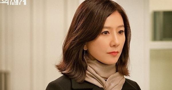 Dân Hàn điên cuồng tìm kiếm phim 19+ ''Thế Giới Hôn Nhân'', bà cả Kim Hee Ae giật sạch spotlight của Lee Min Ho trong tháng 5