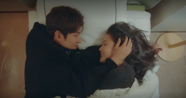 ''Thính'' xịn hơn cả hôn cổ, Lee Min Ho quấn chặt Kim Go Eun không rời ở tập 15 Quân Vương Bất Diệt